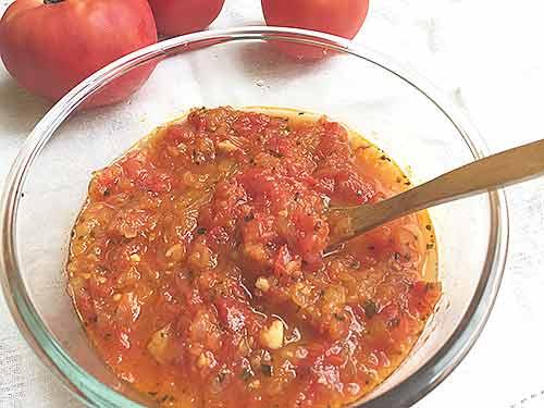 りんご入りトマトソース